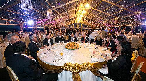Photo de la table d'honneur