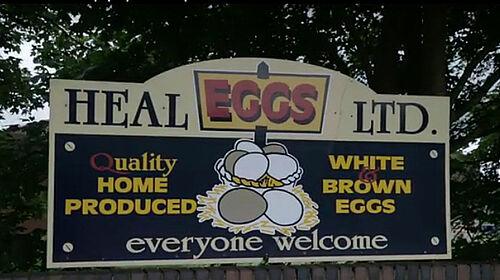 L'exploitation Heal fait de la publicité pour ses œufs en provenance de l'élevage en volière