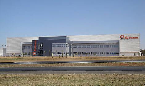 Le leader mondial en techniques de bâtiment pour l'élevage porcin et de volaille a ouvert un nouveau siège principal à Araraquara en Brésil.