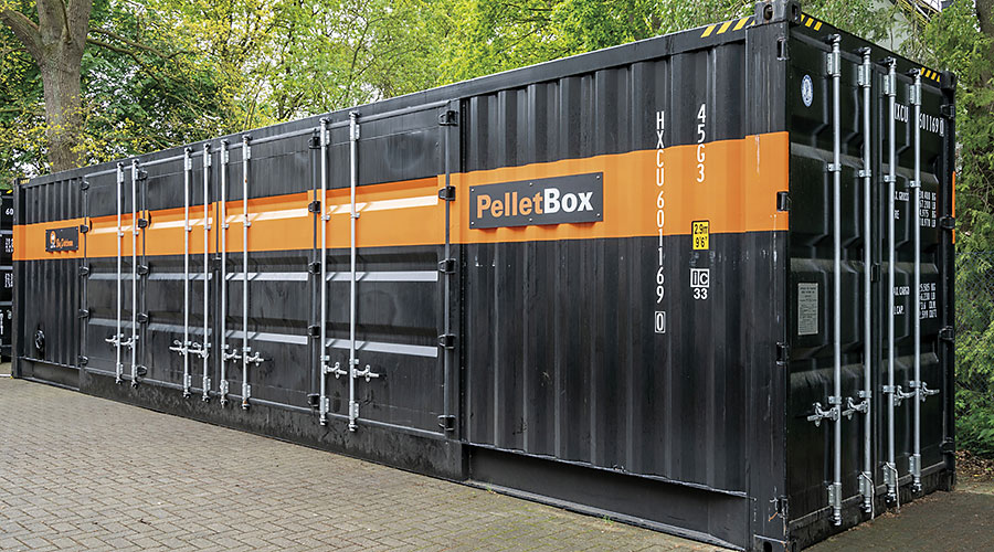 Länglicher, geschlossener Container